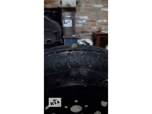 продам Б/у диск с шиной для легкового авто бу в Чернигове