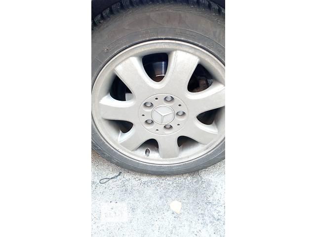 купить бу Б/у диск с шиной для легкового авто в Виннице