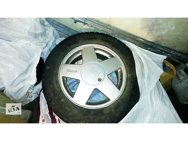 купить бу Б/у диск с шиной для легкового авто в Львове