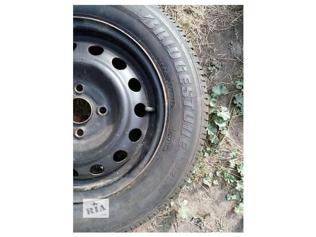 продам Б/у диск с шиной для седана Hyundai Accent бу в Черкассах