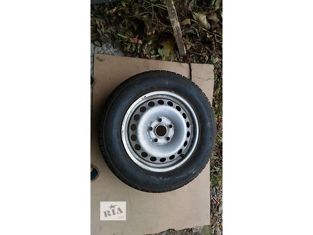 купить бу Б/у диск с шиной для седана Volkswagen Caddy в Тернополе