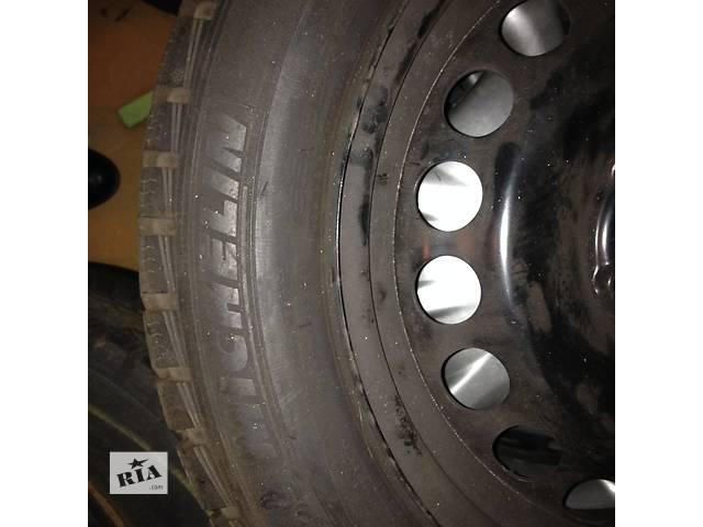 бу Б/у диск с шиной для седана Volkswagen Polo в Нетешине