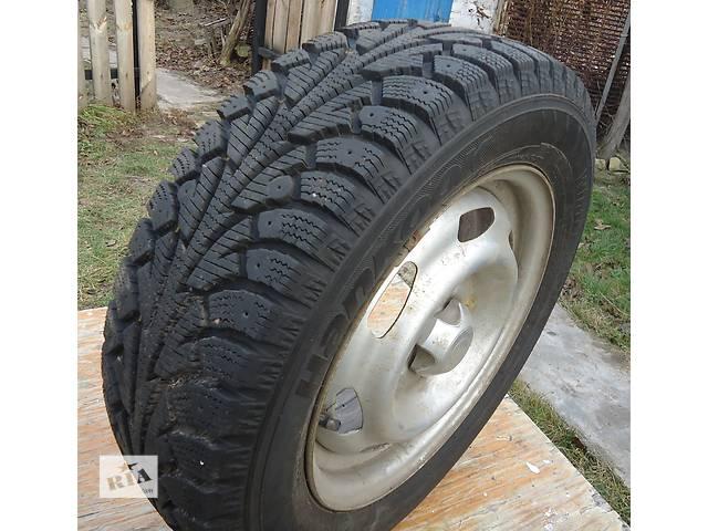 Б/у диск с шиной для седана- объявление о продаже  в Нежине