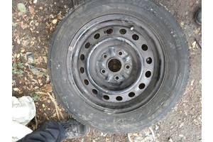 б/у диски с шинами Toyota Previa
