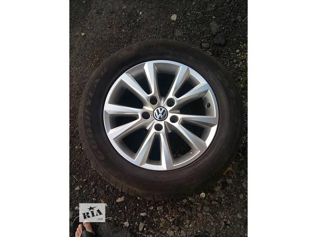продам Б/у диск с шиной R18 для легкового авто Volkswagen Touareg бу в Киеве