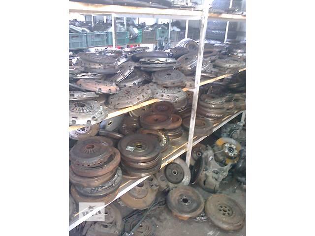 купить бу Б/у диск сцепления для легкового авто Opel Movano в Луцке