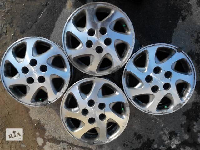 бу Диски титановые на Toyota Camry в Трускавце