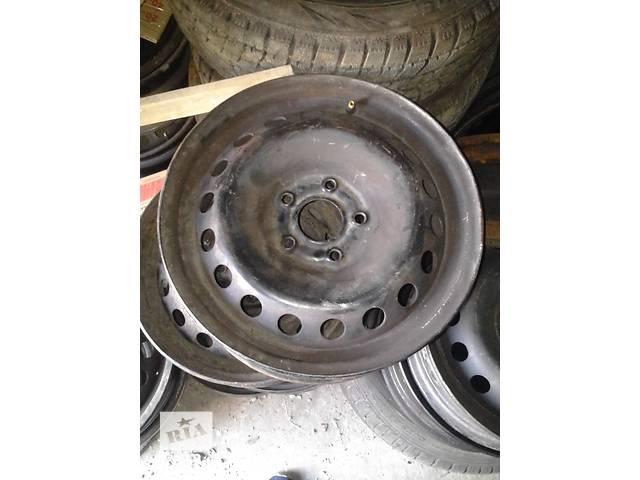 продам Б/у диски металлические R-15 для легкового авто Renault Kangoo 08- год ( на 5 болтов) бу в Ковеле