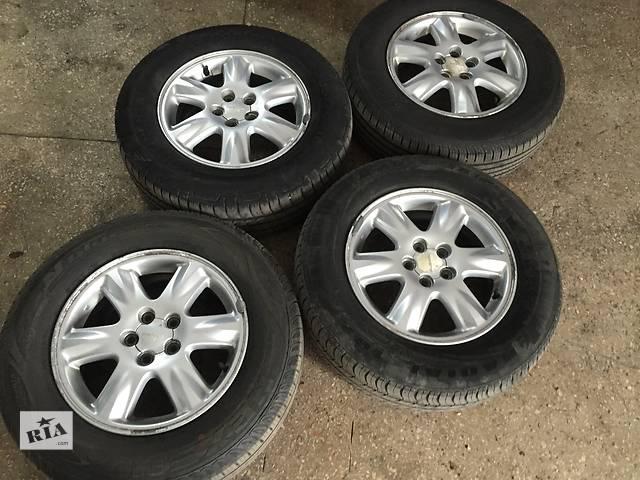 продам Б/у диски с шинами для легкового авто Subaru Forester бу в Днепре (Днепропетровск)