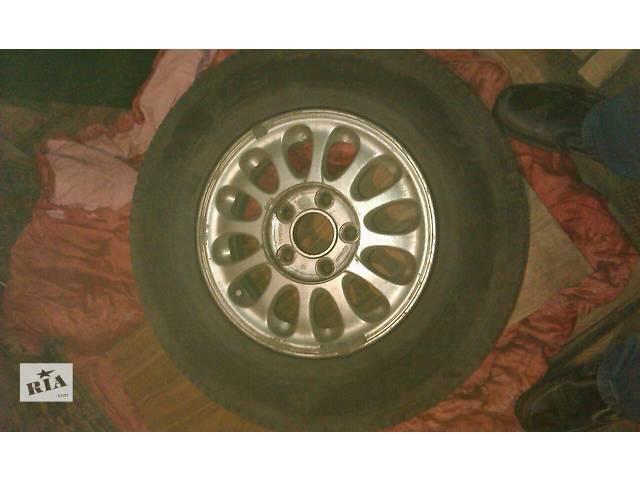 бу Б/у диски с шиной для минивена Hyundai H 200 в Василькове (Киевской обл.)