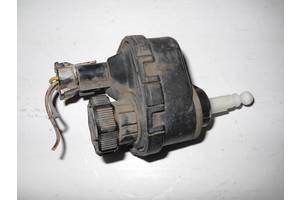 б/у Электрокорректоры фар Opel Astra F