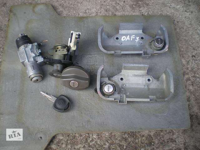 купить бу б/у Электрооборудование двигателя Замок зажигания/контактная группа Легковой  Opel Astra F в Умани