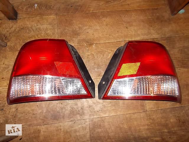 продам б/у Фонарь задний правый Hyundai Accent 1999-2002 бу в Стрые