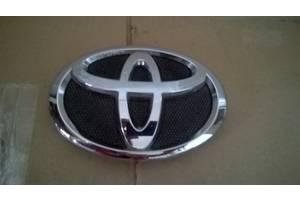 б/у Эмблемы Toyota Camry