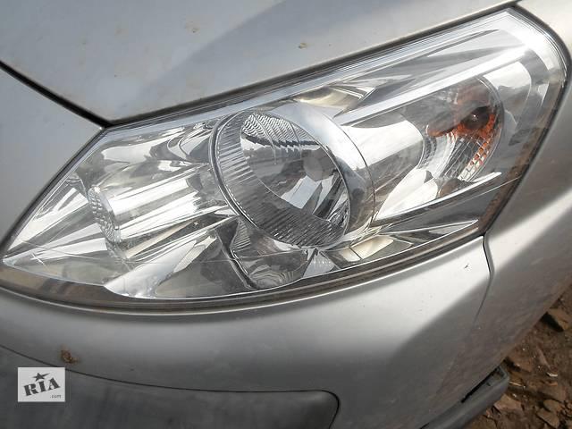 продам Б/у фара для грузовика Peugeot Expert бу в Тернополе