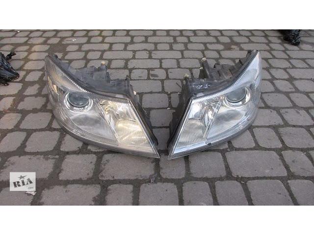 продам Б/у фара для хэтчбека Skoda Octavia A5 2011 бу в Львове