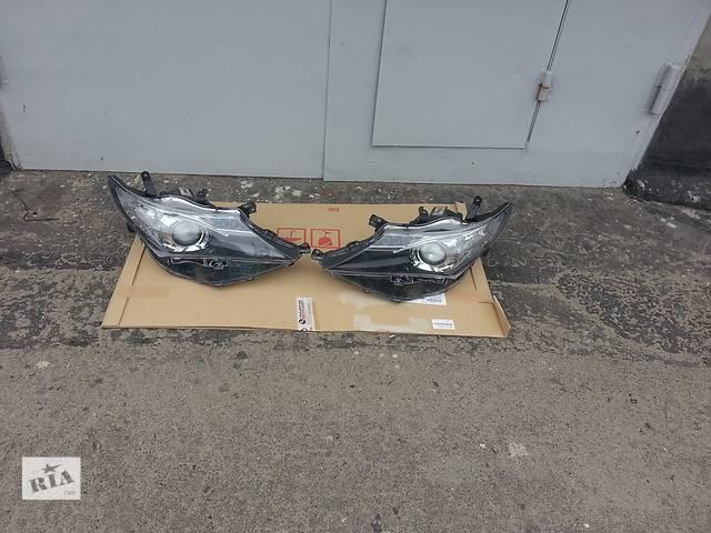 купить бу Б/у фара для хэтчбека Toyota Auris в Киеве