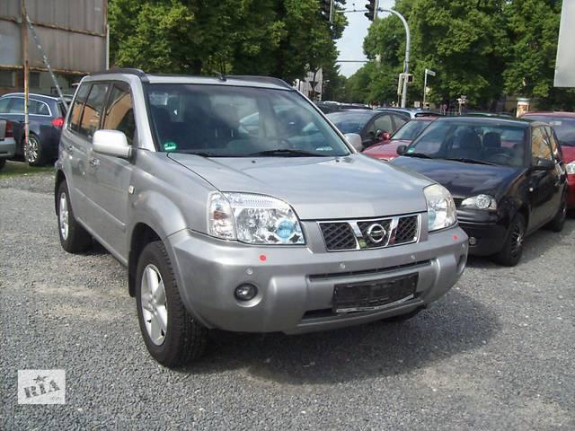 купить бу Б/у фара для кроссовера Nissan X-Trail в Киеве