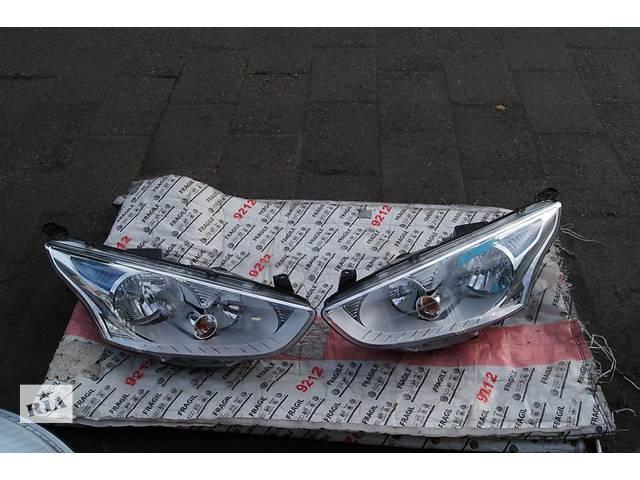 Б/у фара для легкового авто Ford B-Max- объявление о продаже  в Львове