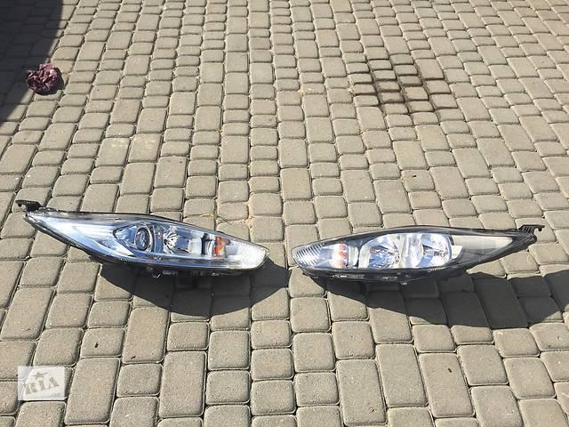 купить бу Б/у фара для легкового авто Ford Fiesta в Львове
