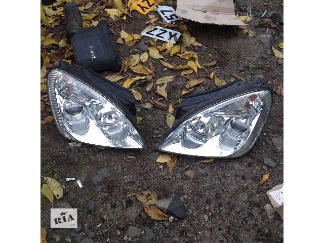 бу Б/у фара для легкового авто Kia Carens 2006-2012 р в Ровно