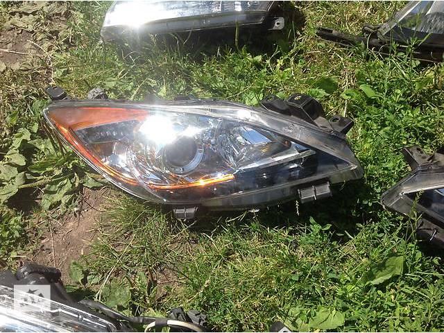 продам Б/у фара для легкового авто Mazda 3 бу в Ровно