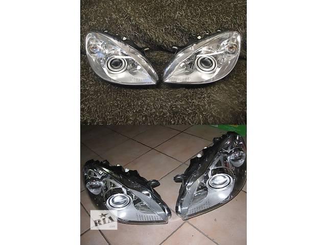 купить бу Б/у фара для легкового авто Mercedes B-Class w245 05-11 в Львове