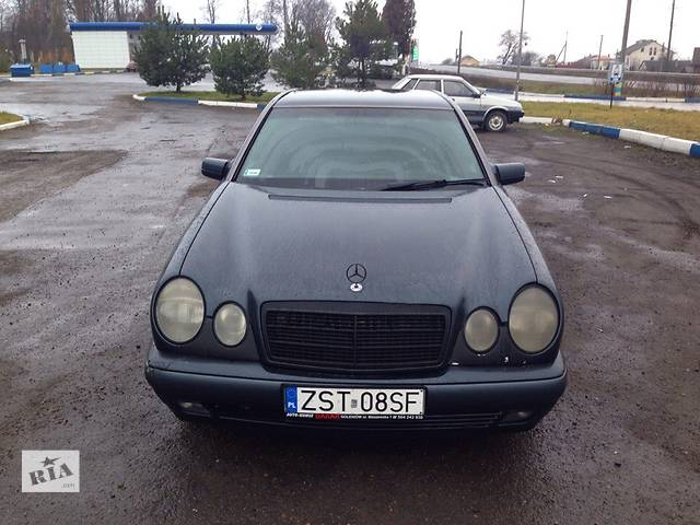 Б/у фара для легкового авто Mercedes E-Class- объявление о продаже  в Львове