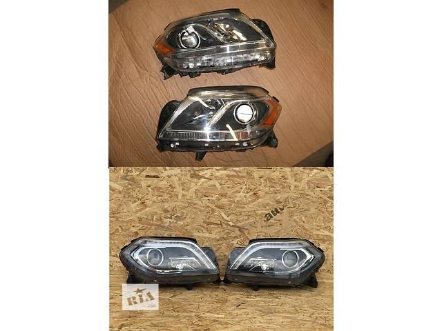 купить бу Б/у фара для легкового авто Mercedes GL-Class w166 12- в Львове
