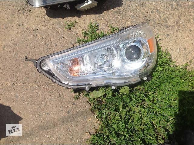 купить бу Б/у фара для легкового авто Mitsubishi ASX в Ровно