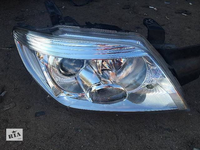 продам Б/у фара для легкового авто Mitsubishi Outlander бу в Киеве
