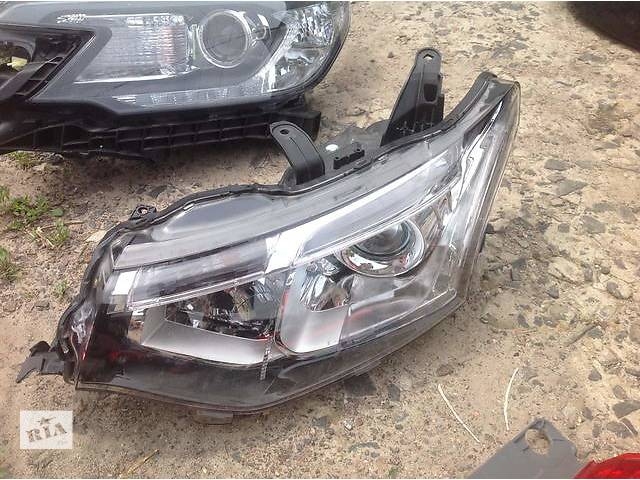 продам Б/у фара для легкового авто Mitsubishi Outlander бу в Ровно