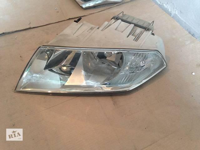продам Б/у фара для легкового авто Skoda Octavia A5 бу в Львове