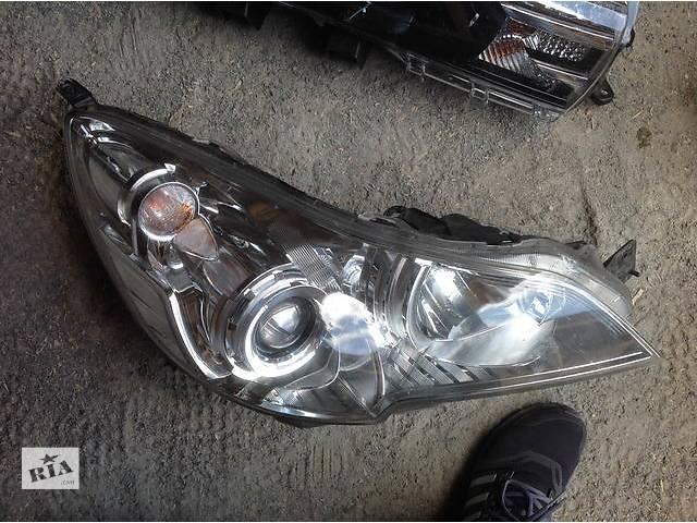 продам Б/у фара для легкового авто Subaru Outback бу в Ровно