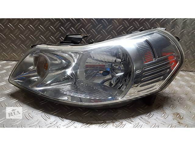 продам Б/у фара для легкового авто Suzuki SX4 бу в Ровно