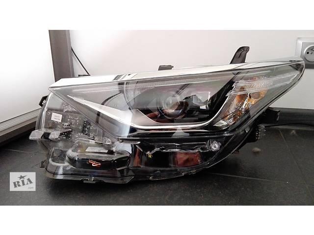 продам Б/у фара для легкового авто Toyota Auris бу в Ровно