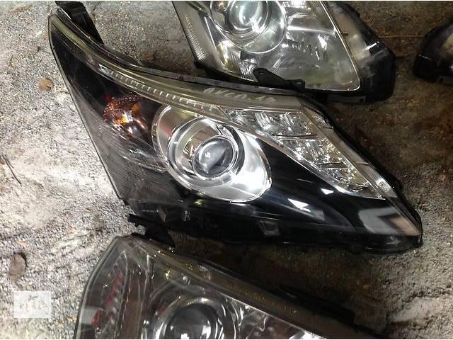 бу Б/у фара для легкового авто Toyota Avensis в Ровно