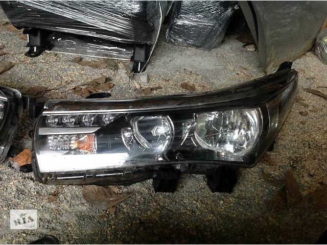 Б/у фара для легкового авто Toyota Corolla- объявление о продаже  в Ровно