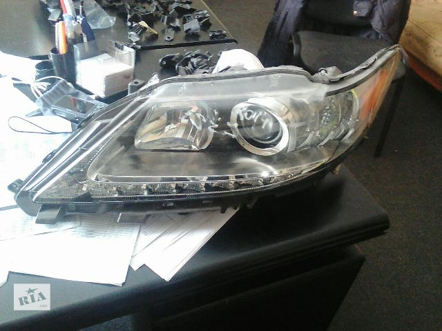 продам Б/у фара для седана Lexus ES 2012 бу в Киеве