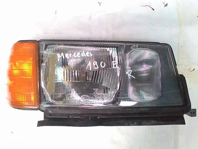 бу Б/у фара для седана Mercedes 190 в Львове
