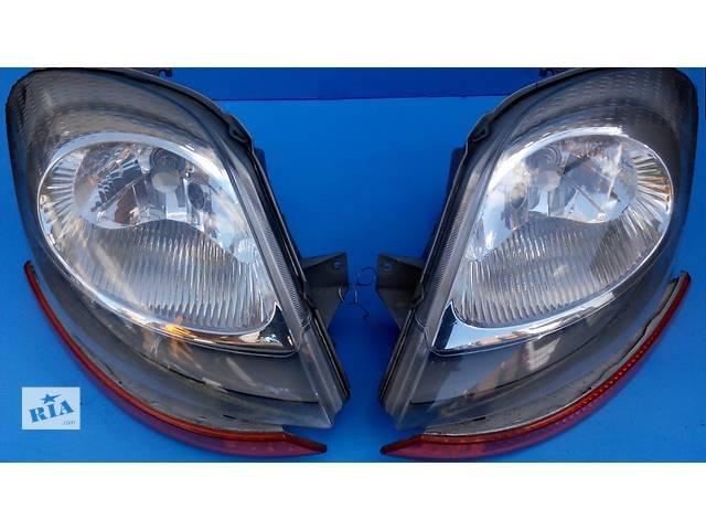 Б/у фара, фари Renault Trafic 1.9, 2.0, 2.5 Рено Трафик (Vivaro, Виваро) 2001-2009гг- объявление о продаже  в Ровно