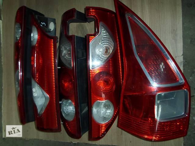 купить бу Б/у Фара задняя Фонарь Стоп Renault Kangoo Кенго 1,5 DCI К9К B802, N764 2008-2012 в Луцке