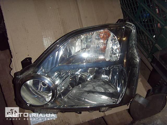 продам Передние фары для Nissan X-Trail бу в Києві