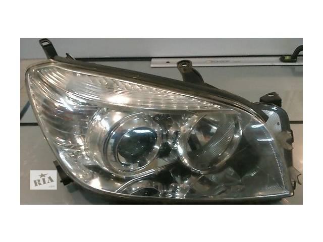 продам Б/у Фара левая, правая Toyota Rav 4 2004-2010 бу в Киеве