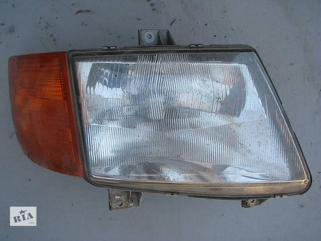 купить бу Б/у фара R Mercedes Vito W638 110 CDI 2001 в Броварах