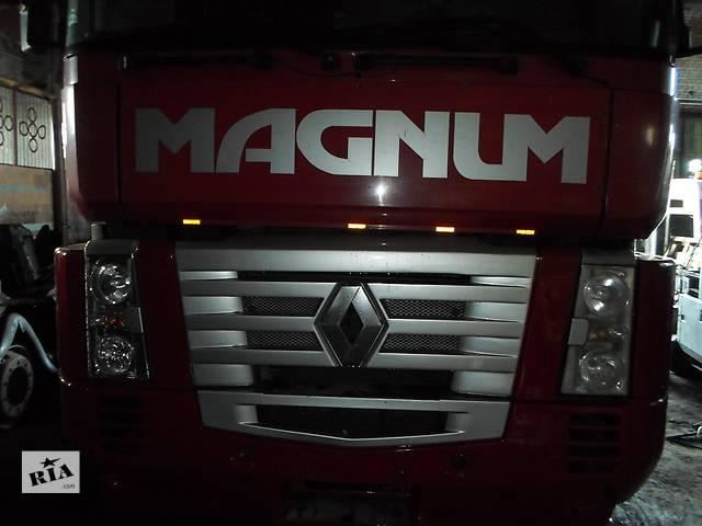 продам Б/у Фара передняя передня для Рено Магнум 440 Евро 3 Renault Magnum бу в Рожище