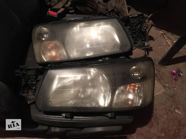 купить бу Б/у фара правая для легкового авто Subaru Forester в Днепре (Днепропетровске)