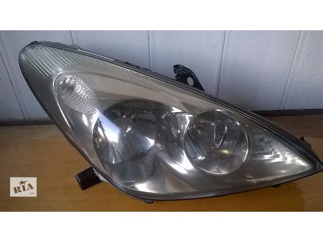 Б/у фара правая 81130-33561 для седана Lexus ES 330 2004-2005- объявление о продаже  в Николаеве