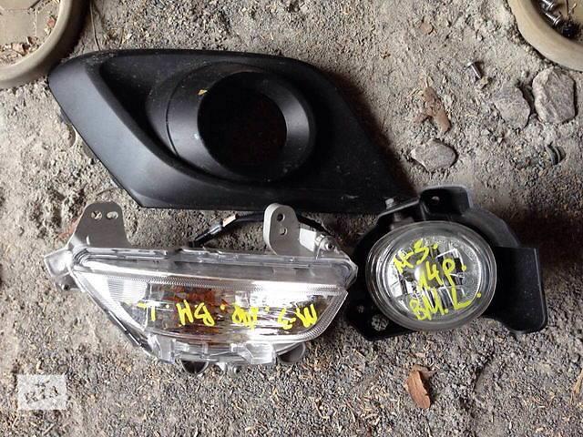 продам Б/у фара противотуманная для легкового авто Mazda 3 бу в Ровно