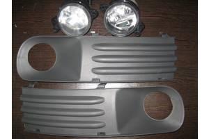 б/у Фары противотуманные Volkswagen Caddy